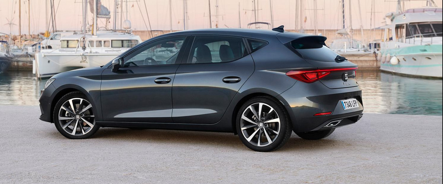 SEAT LEON - Best buy car of Europe 2021   Pattyn Automobiles